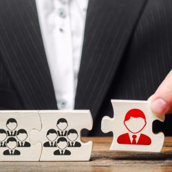 leader-team-recruitment-appointment-career-nepotism-leadership-specialists-executive-teamwork-new_t20_WxX1bK